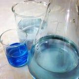 Жидкость научной лаборатории в велосипедисте Стоковые Изображения RF