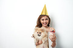 Жизнерадостная девушка дня рождения Стоковые Изображения