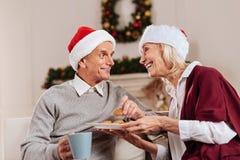 Жизнерадостные люди тратя время с удовольствием Стоковая Фотография RF