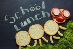 Жизнерадостный сандвич ` s детей в форме гусеницы стоковая фотография rf