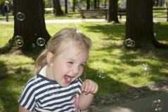 жизнерадостная девушка немногая Стоковые Фотографии RF