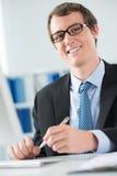 Жизнерадостный бизнесмен стоковое изображение rf