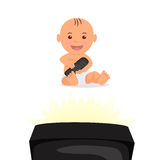 Жизнерадостный малыш сидя и смотря ТВ Изолированный младенец характера с дистанционным управлением в руке Стоковые Изображения