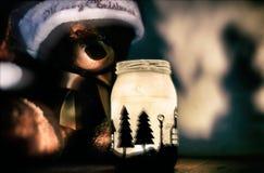 1 жизнь все еще Плюшевый медвежонок держателем для свечи Стоковые Изображения RF
