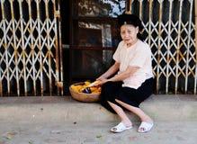 Жизнь въетнамских поставщиков в Сайгоне Стоковое фото RF