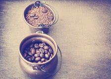 жизнь кофе все еще Тонизированное фото года сбора винограда цветов Стоковые Фотографии RF