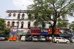 Жизнь улицы в Янгоне стоковая фотография rf