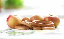жизнь bagels яблок все еще Стоковое Изображение RF