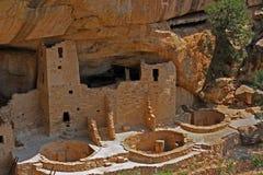 Жилища скалы в национальном парке мезы Verde Стоковые Изображения