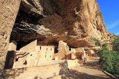 Жилища скалы мезы Verde старые Стоковое Изображение
