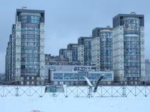 Жилой квартал на окраинах города Стоковое фото RF