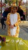 Жираф аниматора место Человек танцев стоковая фотография