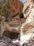 Жилища Tsankawe Неш-Мексико коренного американца Стоковое Изображение