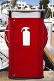 Жидкостный огнетушитель в порте Стоковое фото RF