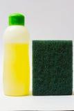 Жидкость и губка Dishwashing Стоковое Изображение RF