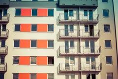 Жилой район состоя из больших блоков квартир Стоковое Изображение