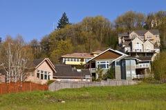 Жилые дома на холме Clackamas Орегоне. Стоковое Фото