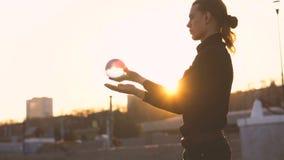 Жонглировать контакта акции видеоматериалы