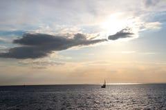Ждать заход солнца Стоковое фото RF