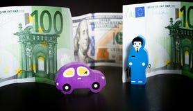 Забавляйтесь автомобиль, доллары и евро на черном bakground женщины tux человека 3 фокуса предпосылки красивейшие стоковая фотография rf