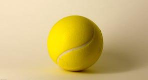 Забавляйтесь теннис шарика как предпосылка для вашего настольного компьютера Стоковая Фотография