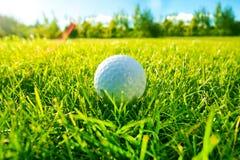 забастовки игрока гольфа центра событий стоковое фото rf