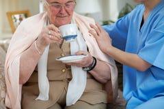Забота и поддержка для более старых людей Стоковые Фотографии RF
