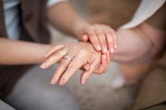 Забота для более старых людей Стоковые Фотографии RF