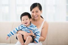 Забота Mother�s Стоковое фото RF