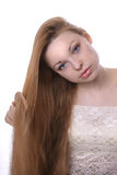 заботит волосы девушки она Стоковые Изображения RF