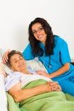 Заботя медсестры Стоковые Фотографии RF