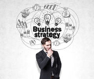 Заботливый эскиз человека и стратегии бизнеса Стоковые Изображения