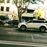 Завальцовка автомобиля на бульваре Chavchavadze Оно принято в Georgia Giorgi Koridze& x27; фото s стоковое изображение rf
