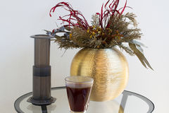 Заваривать кофе альтернативной подготовки кофе фильтра профессиональный Стоковое Изображение