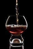 Завалка стекла вискиа Стоковая Фотография