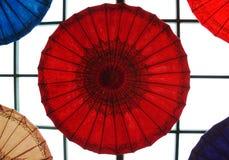 заверните зонтик в бумагу Стоковое фото RF