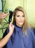 завивая волосы Стоковая Фотография
