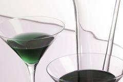 завистливость зеленый martini стоковые изображения rf
