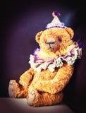 заводь детства цветет бабушка большая ее выбирать памятей Старая винтажная любимая handmade игрушка Стоковое Фото
