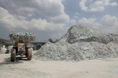 Завод по переработке вторичного сырья стекла автомобиля Стоковое Изображение RF