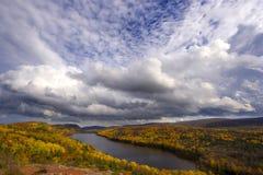 заволакивает озеро Мичиган Стоковые Изображения RF