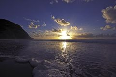 заволакивает океан Португалия стоковое изображение