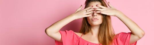 заволакивание eyes девушка она стоковые изображения