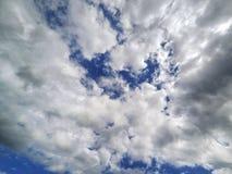 заволакивает небо Стоковое Изображение RF