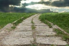 заволакивает дорога к Стоковое Фото