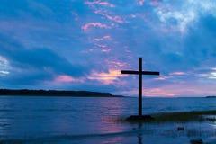 Заволокли перекрестный заход солнца Стоковое Фото