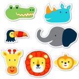 Заводские головки животных в стиле Doodle на цветных субстратах иллюстрация вектора