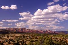 заводь каньона известная свой красный цвет дуба трясет sedona песчаника Стоковые Фотографии RF