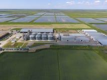 Завод для засыхания и хранения зерна Взгляд сверху Стержень зерна Стоковые Изображения RF