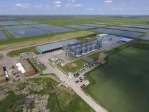 Завод для засыхания и хранения зерна Взгляд сверху Стержень зерна Стоковые Фотографии RF